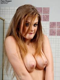 Faye Reagan Oiled Body