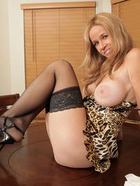 Totally Tabitha Mature Nude Wife