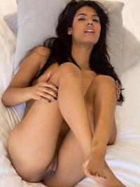 Karmen Bella Spreads Her Legs