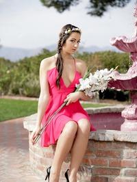 Beautiful Babe Uma Jolie Strips And Poses Naked