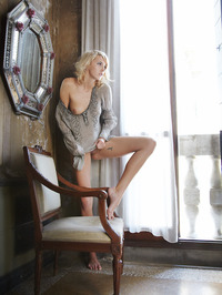 Lilly in Speculum by Erro