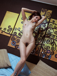 Donita Spreads Her Hairy Pussy