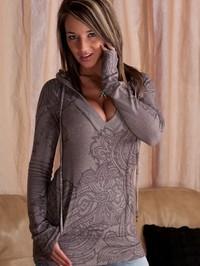 Nikki Sims Chillin