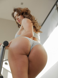 Franceska Jaimes Flaunting Hot Ass