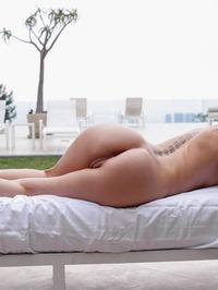 Riley Reid Spreading By The Pool