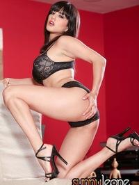 Busty Sunny Leone black lingerie