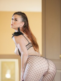 Amazing Babe Karlie Montana In Sexy Fishnet Outfit