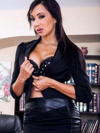 Katsuni Sexy CEO