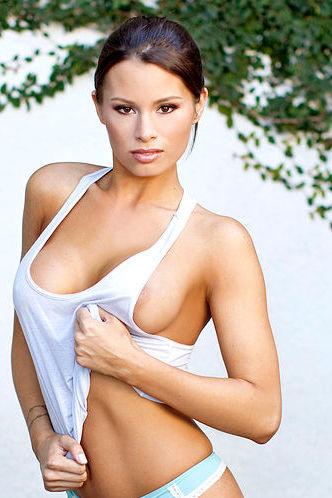 Hot Babe Christina Renee