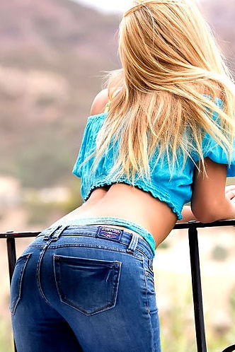 Sensual Blonde Girl Natalia
