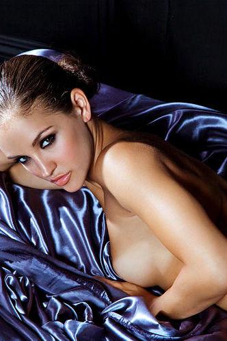 Jaclyn Swedberg silky sensation