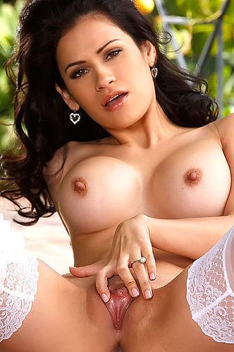 Twistys Vanessa Veracruz romantic