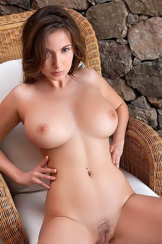 Big Boobs Model Josephine