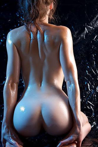 Oiled Eva