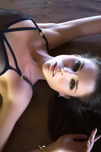 Aleksa Slusarchi Sexy Girl Strip