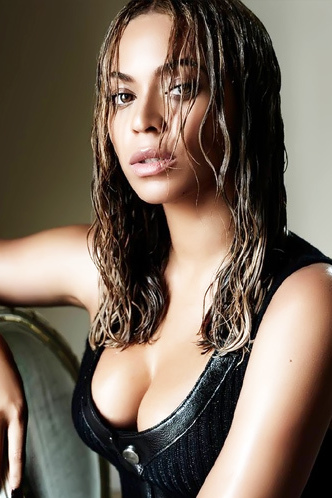 Sexy Singer Beyonce Knowles