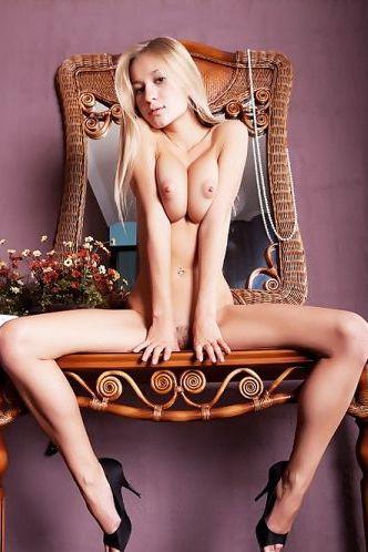 Candice B - Pearl