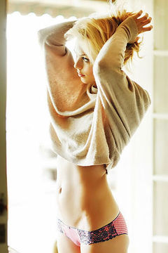 Laura Vondervoort Hot Underwear