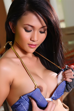 Sexy Asian Sweety