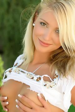 Kristyna In Summer Mood