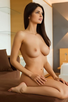 Elegant Babe Jasmine Andreas