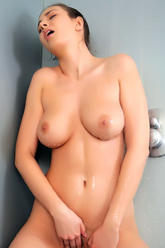 Josephine Relaxing Shower